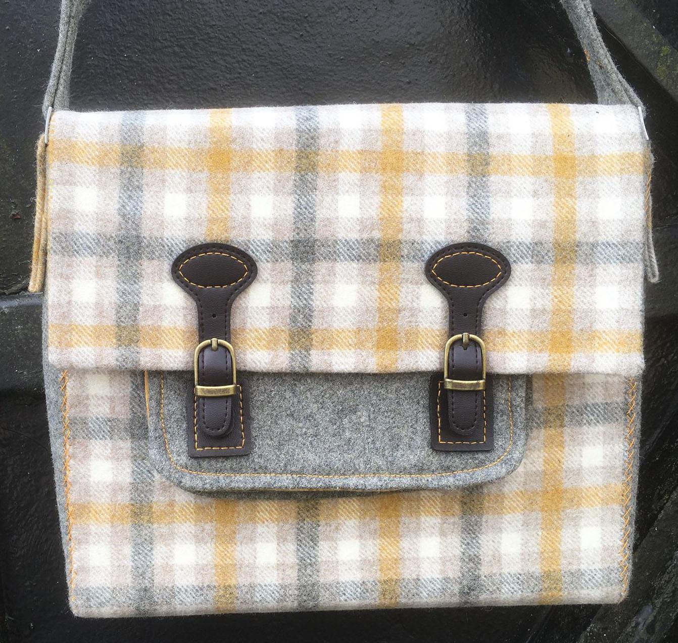 satchel pic